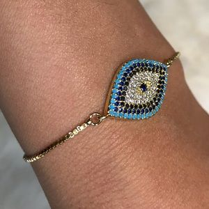 Jewelry - 🆕 Evil eye bracelet gold